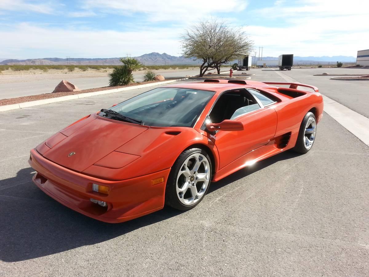 Lamborghini-Diablo-V8-engine-swap-1