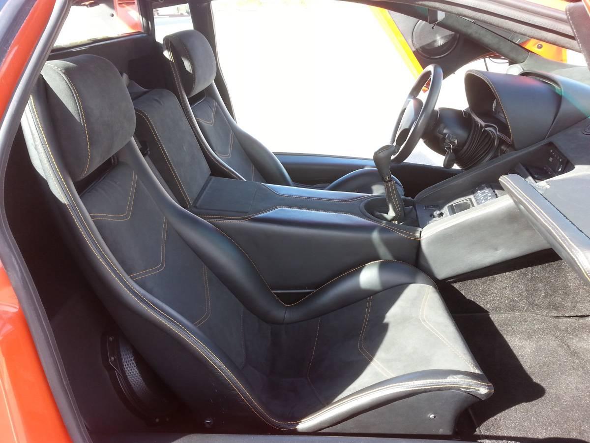 Lamborghini-Diablo-V8-engine-swap-10