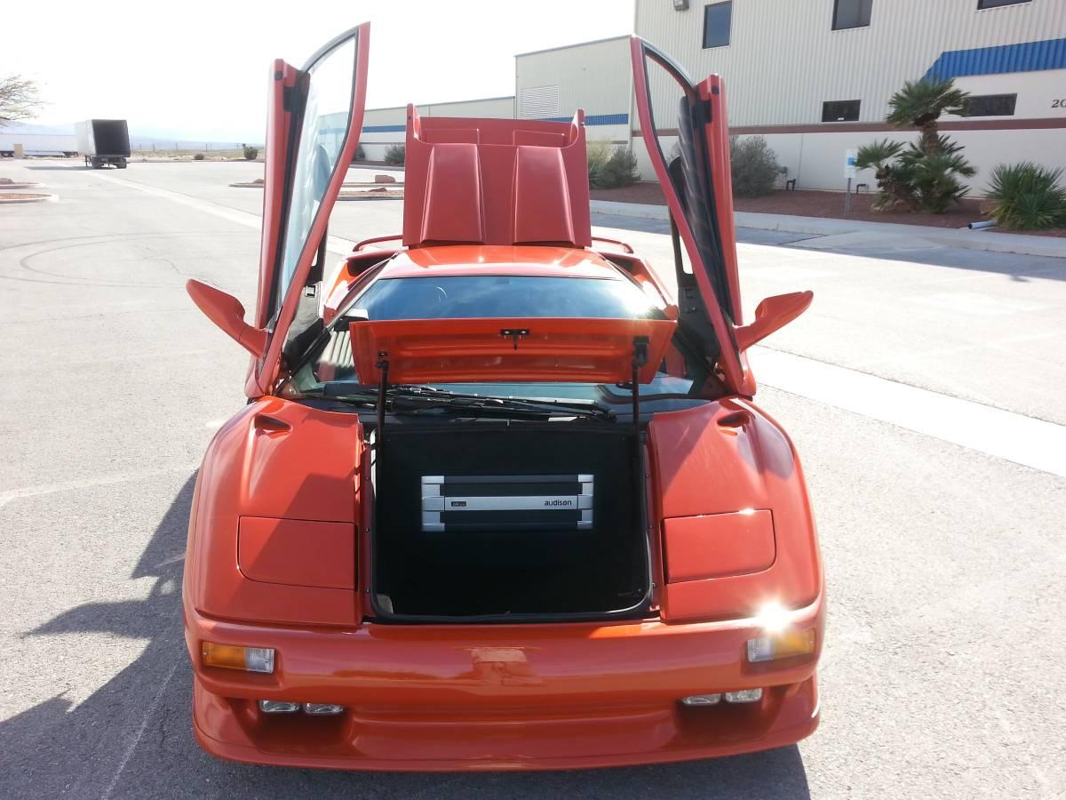Lamborghini-Diablo-V8-engine-swap-7