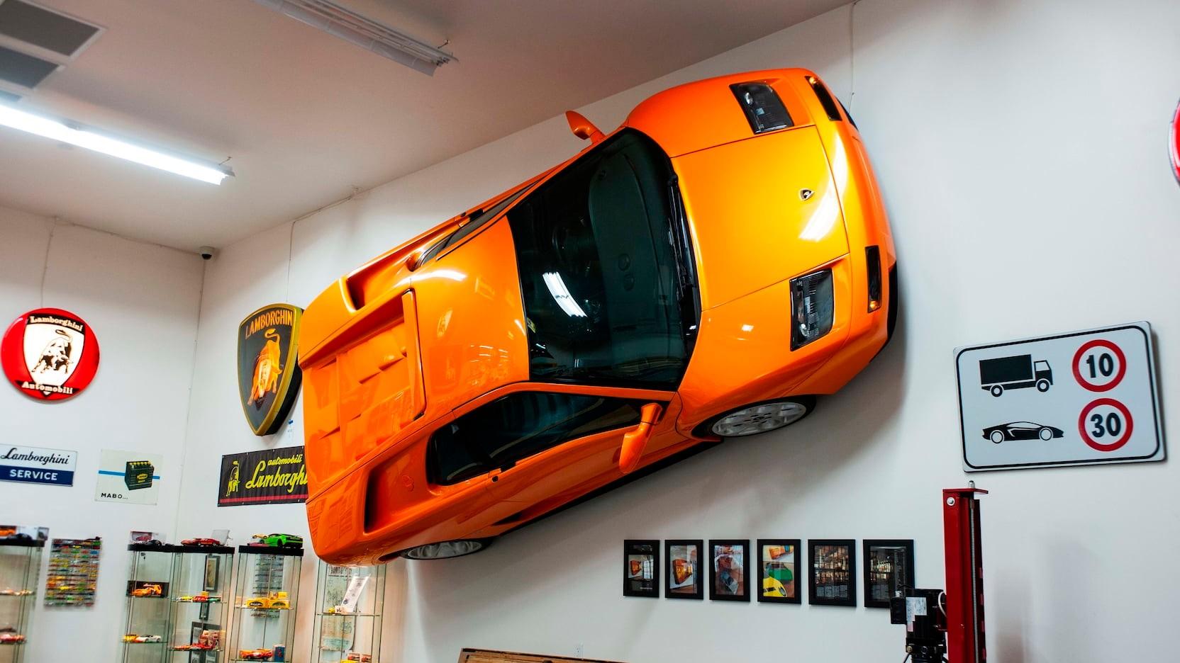 Lamborghini-Diablo-VT-for-wall-3
