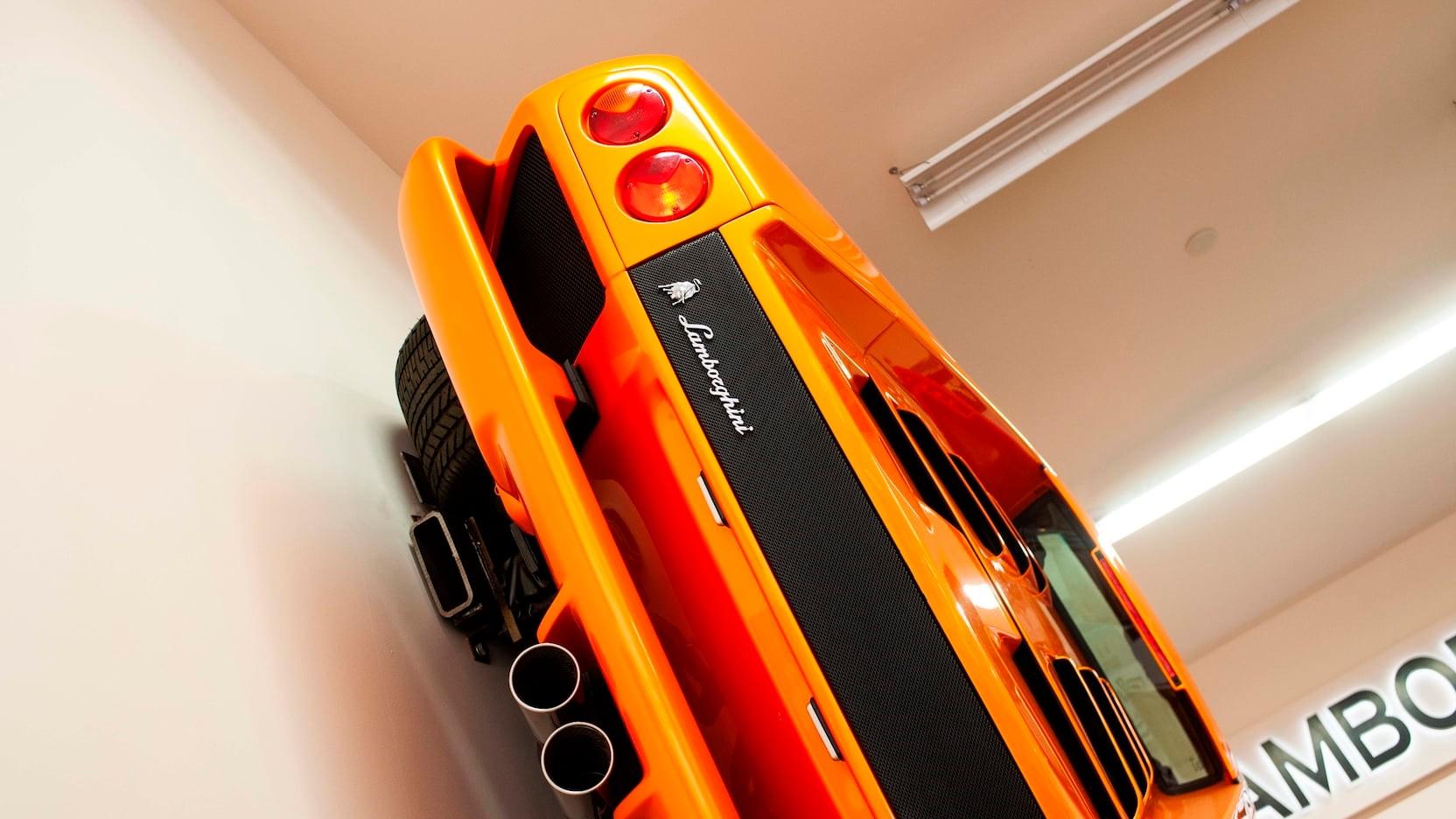 Lamborghini-Diablo-VT-for-wall-8