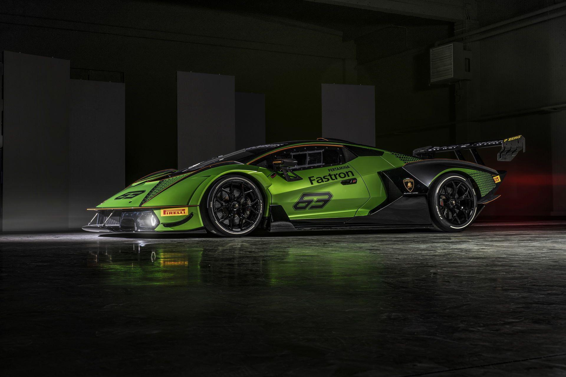 Lamborghini-Essenza-SCV12-12