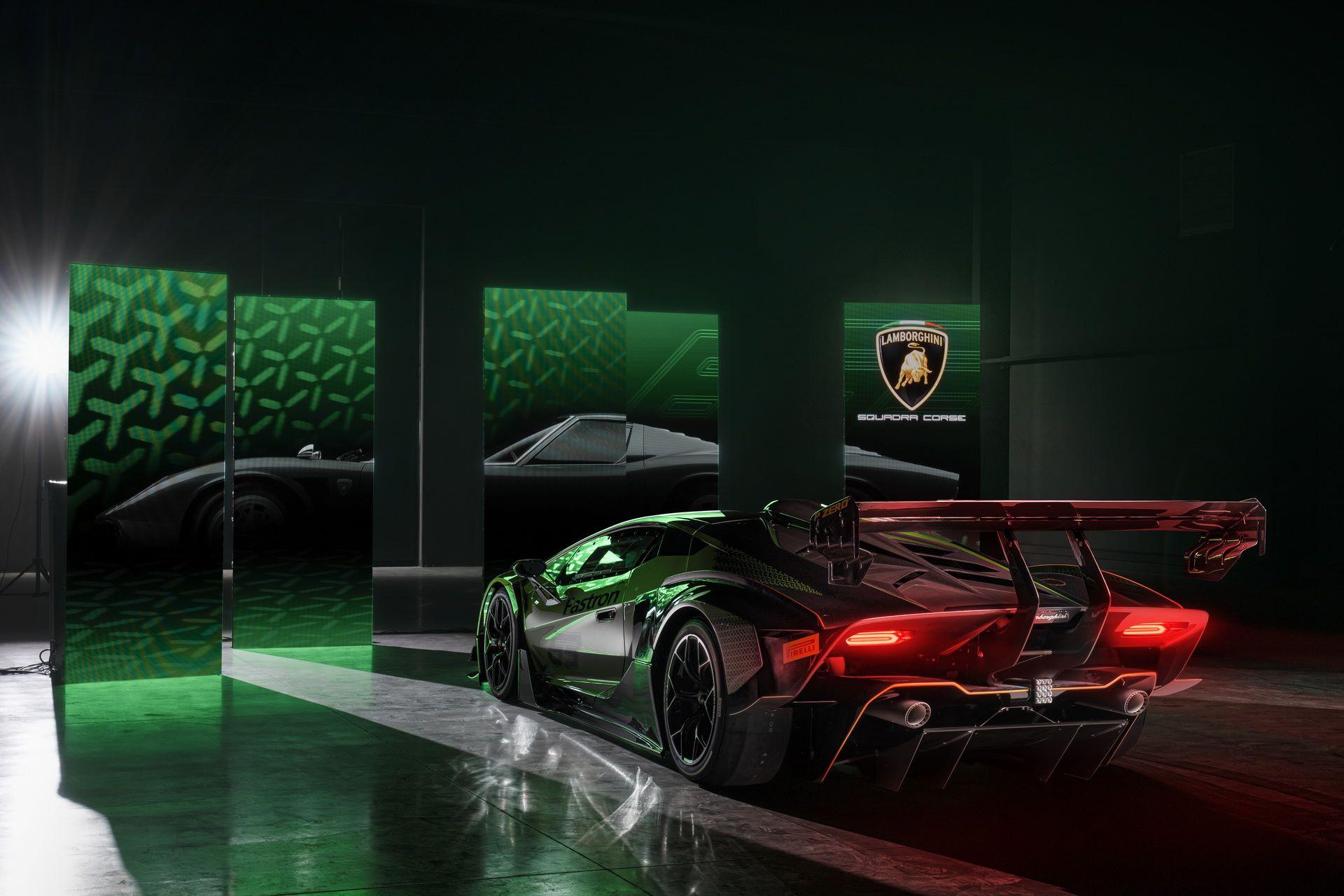 Lamborghini-Essenza-SCV12-14