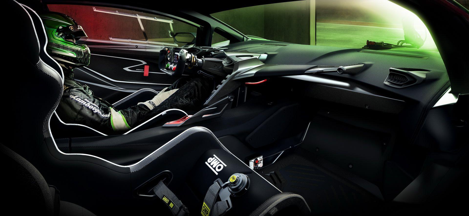 Lamborghini-Essenza-SCV12-21