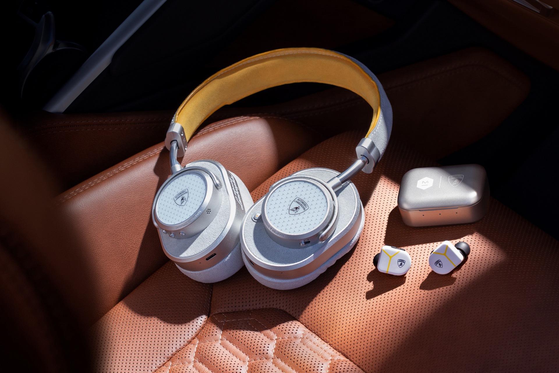 lamborghini-master-dynamic-wireless-headphones-earphones-3
