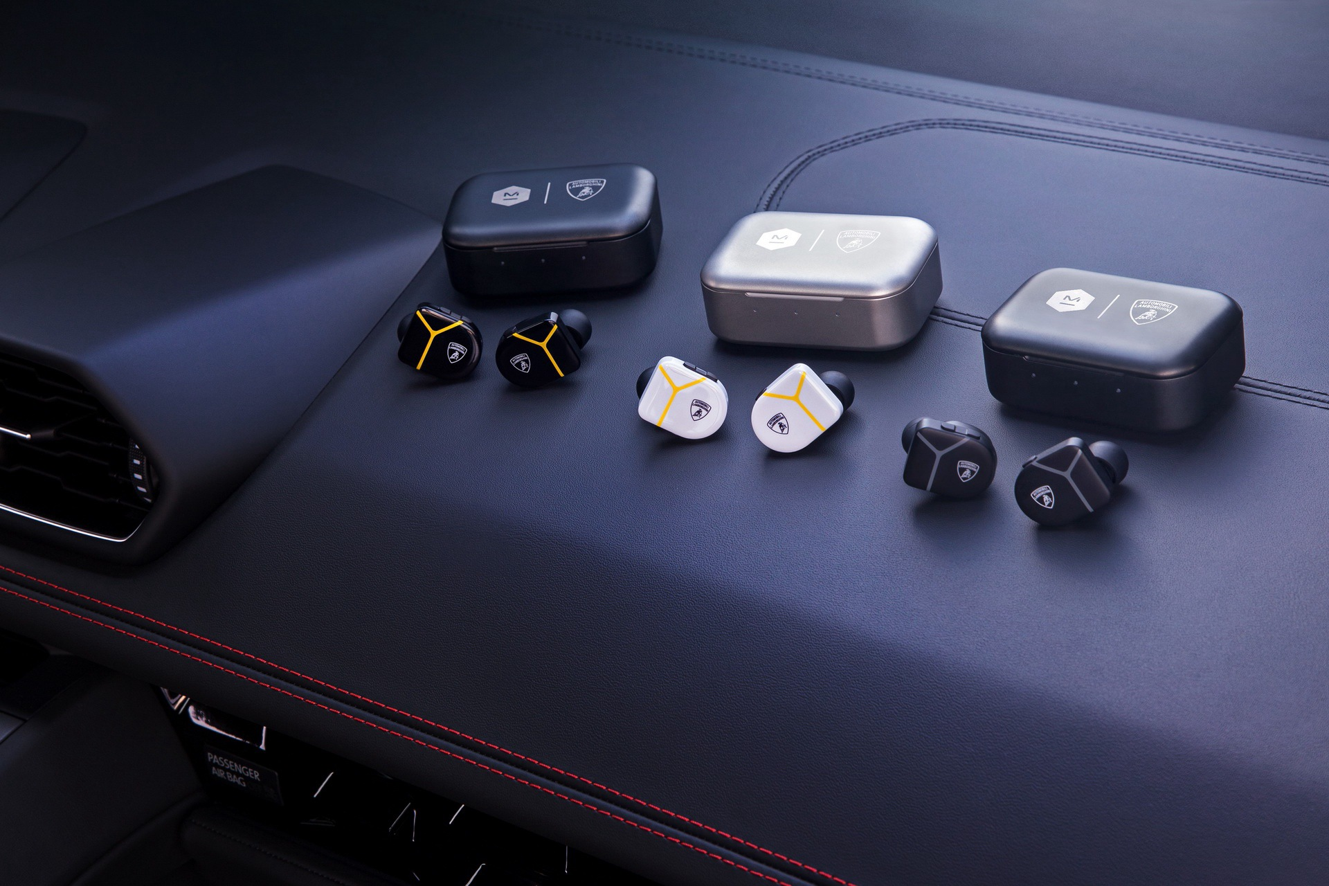 lamborghini-master-dynamic-wireless-headphones-earphones-5