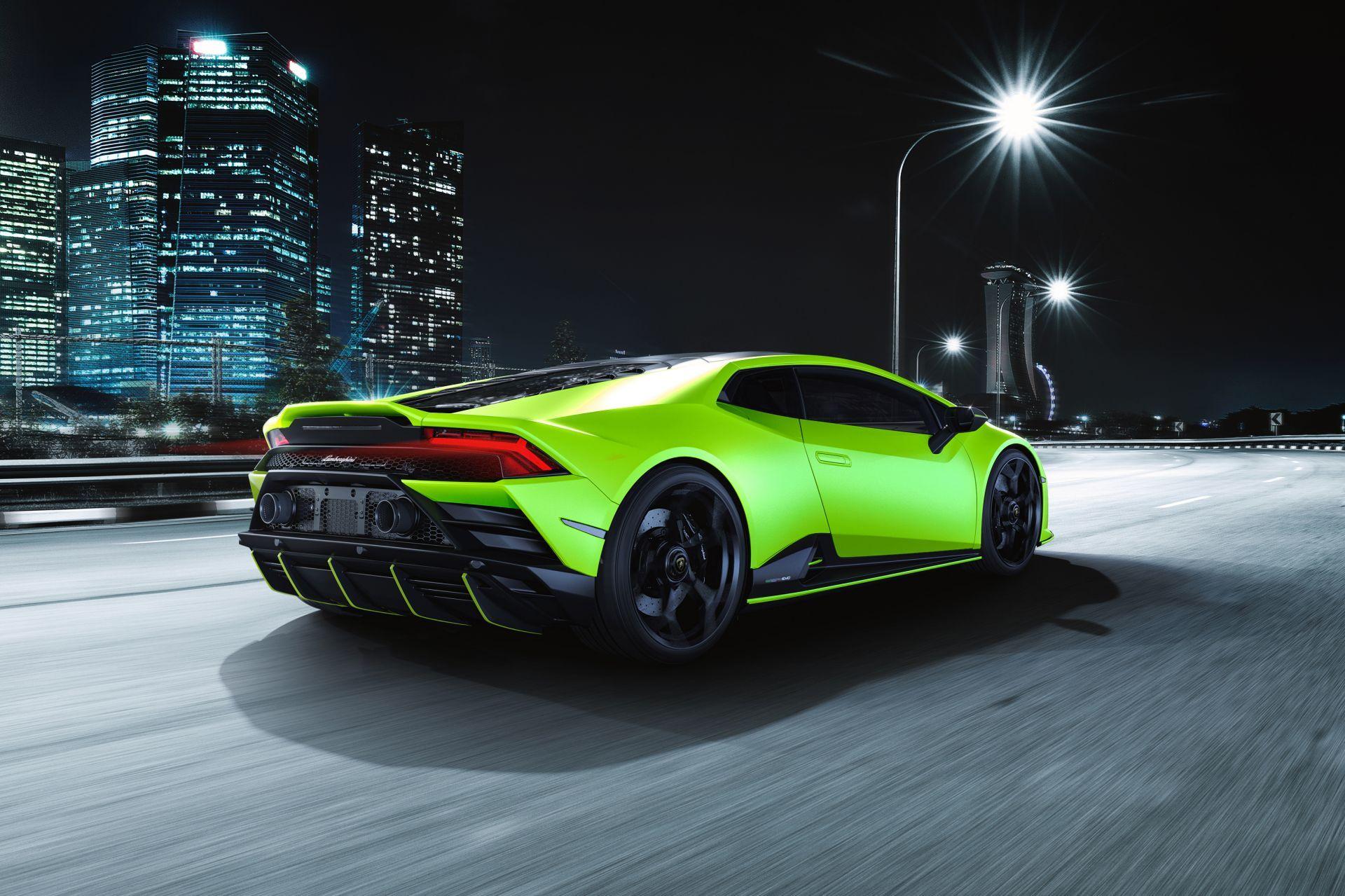 Lamborghini-Huracan-Evo-Fluo-Capsule-16