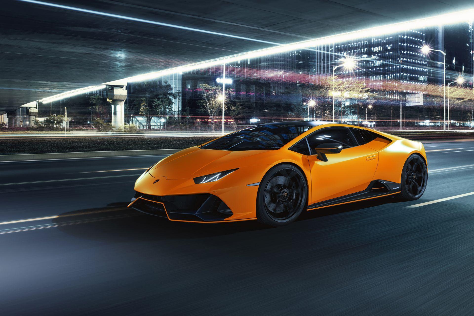 Lamborghini-Huracan-Evo-Fluo-Capsule-21