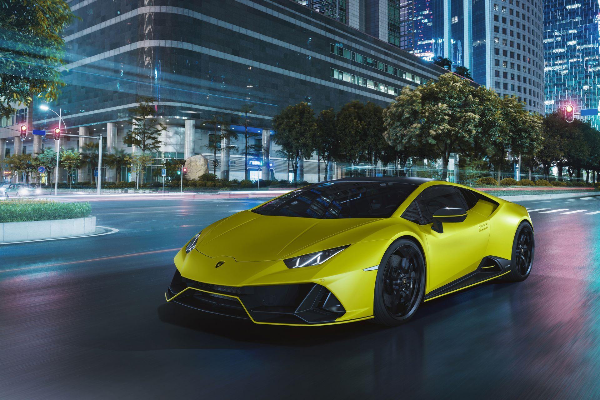 Lamborghini-Huracan-Evo-Fluo-Capsule-4