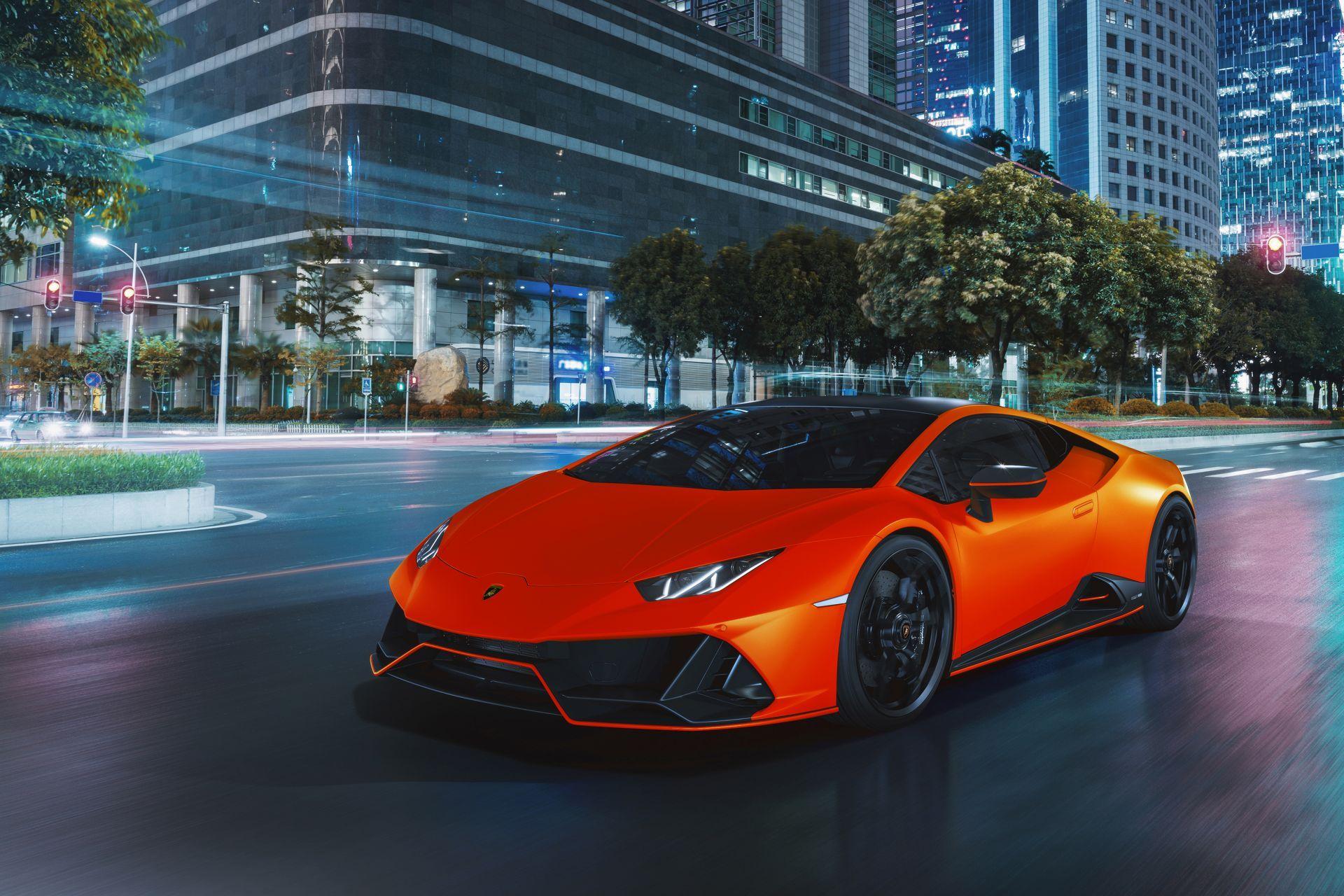 Lamborghini-Huracan-Evo-Fluo-Capsule-9