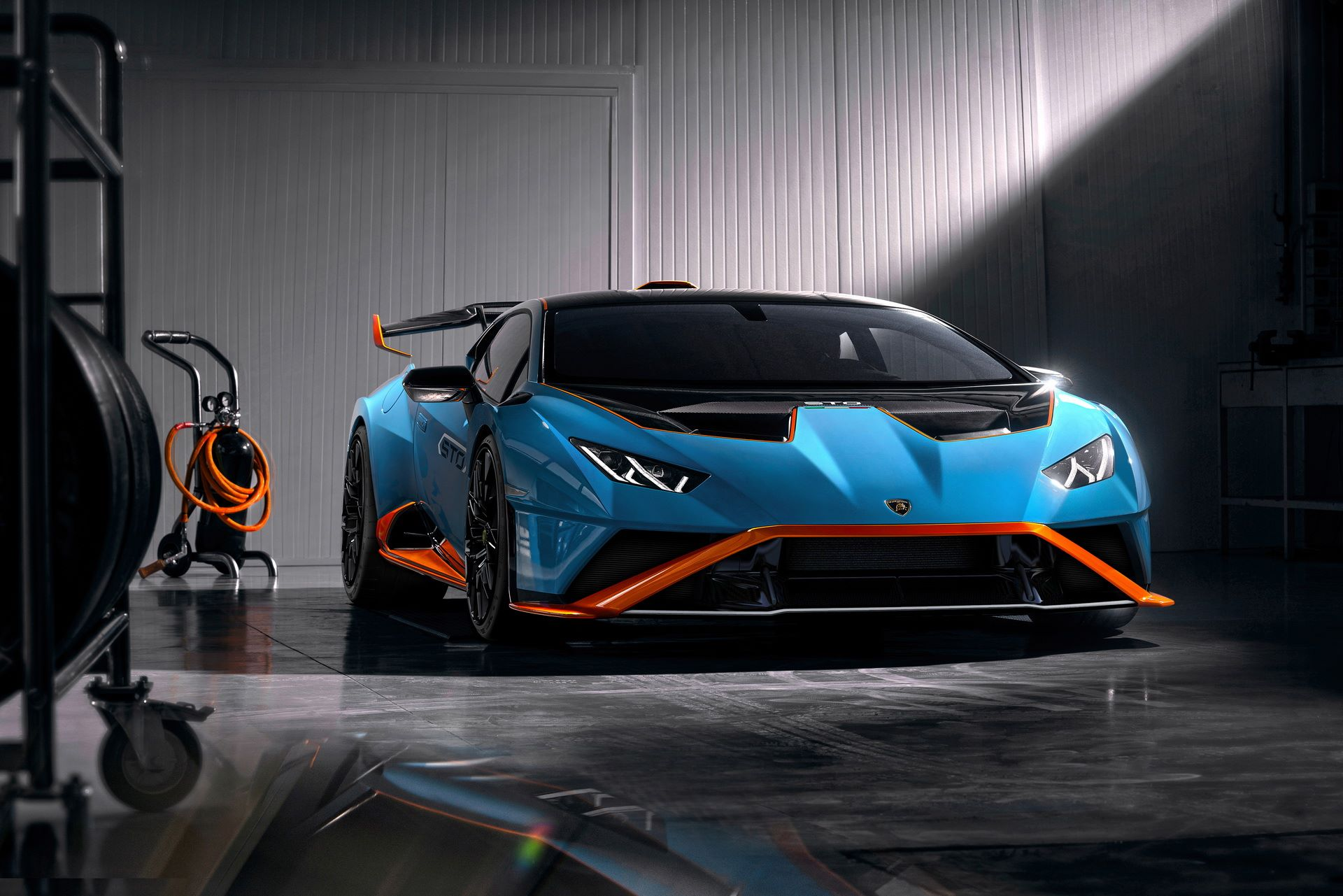 Lamborghini-Huracan-STO-2021-2