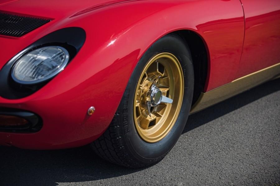 Lamborghini-Miura-SV-RHD-auction-10