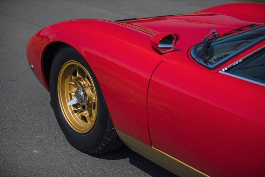 Lamborghini-Miura-SV-RHD-auction-11