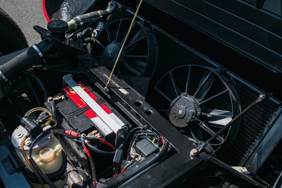 Lamborghini-Miura-SV-RHD-auction-16