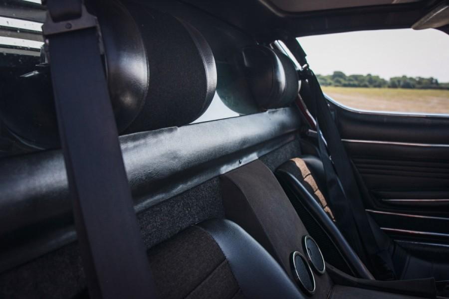 Lamborghini-Miura-SV-RHD-auction-28
