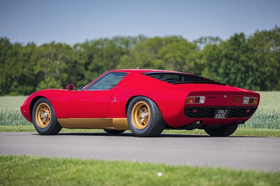 Lamborghini-Miura-SV-RHD-auction-3