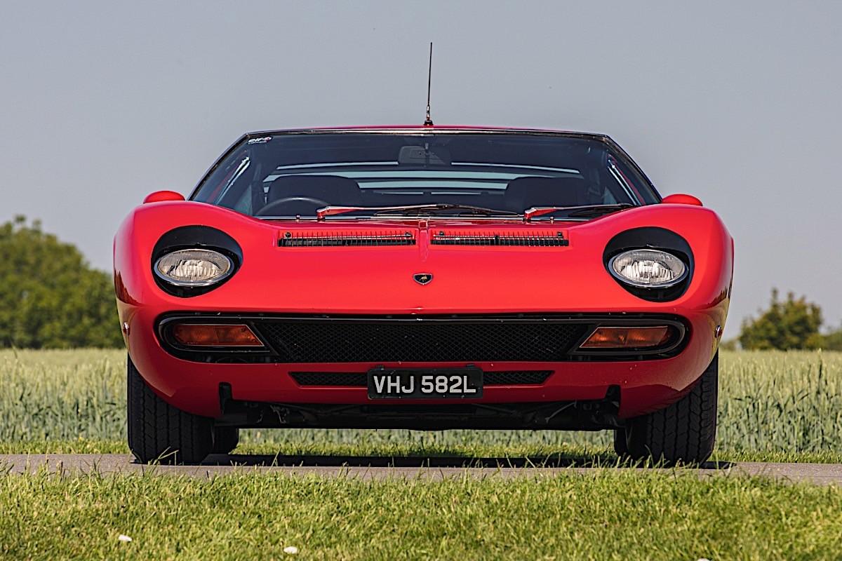 Lamborghini-Miura-SV-RHD-auction-4