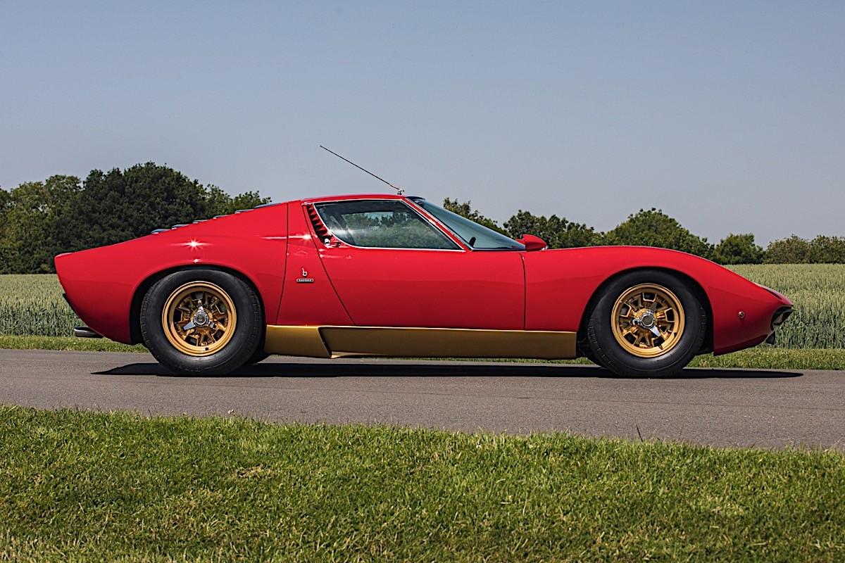 Lamborghini-Miura-SV-RHD-auction-5