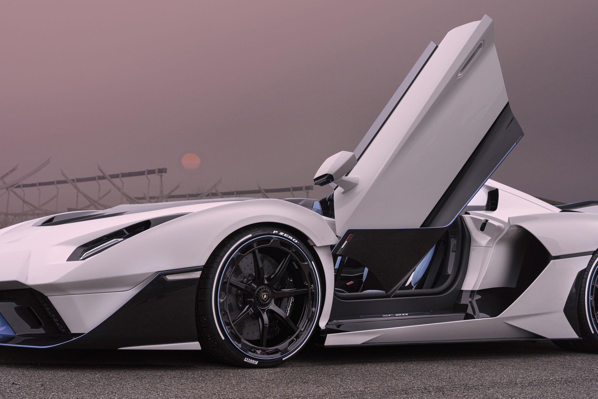 Lamborghini-SC20-37