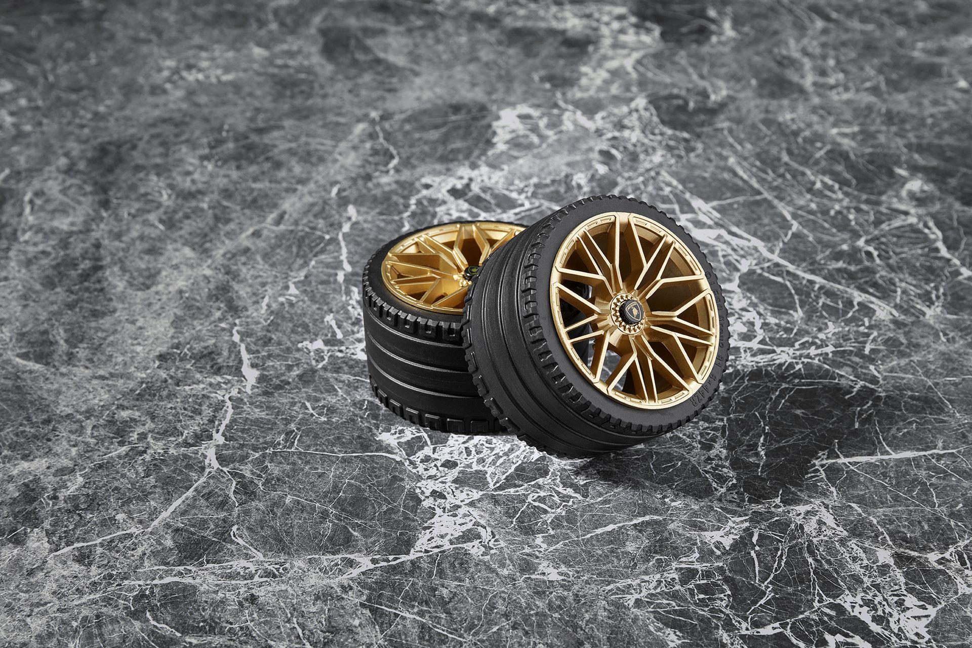 Lamborghini-Sian-FKP-37-Lego-Technic-5