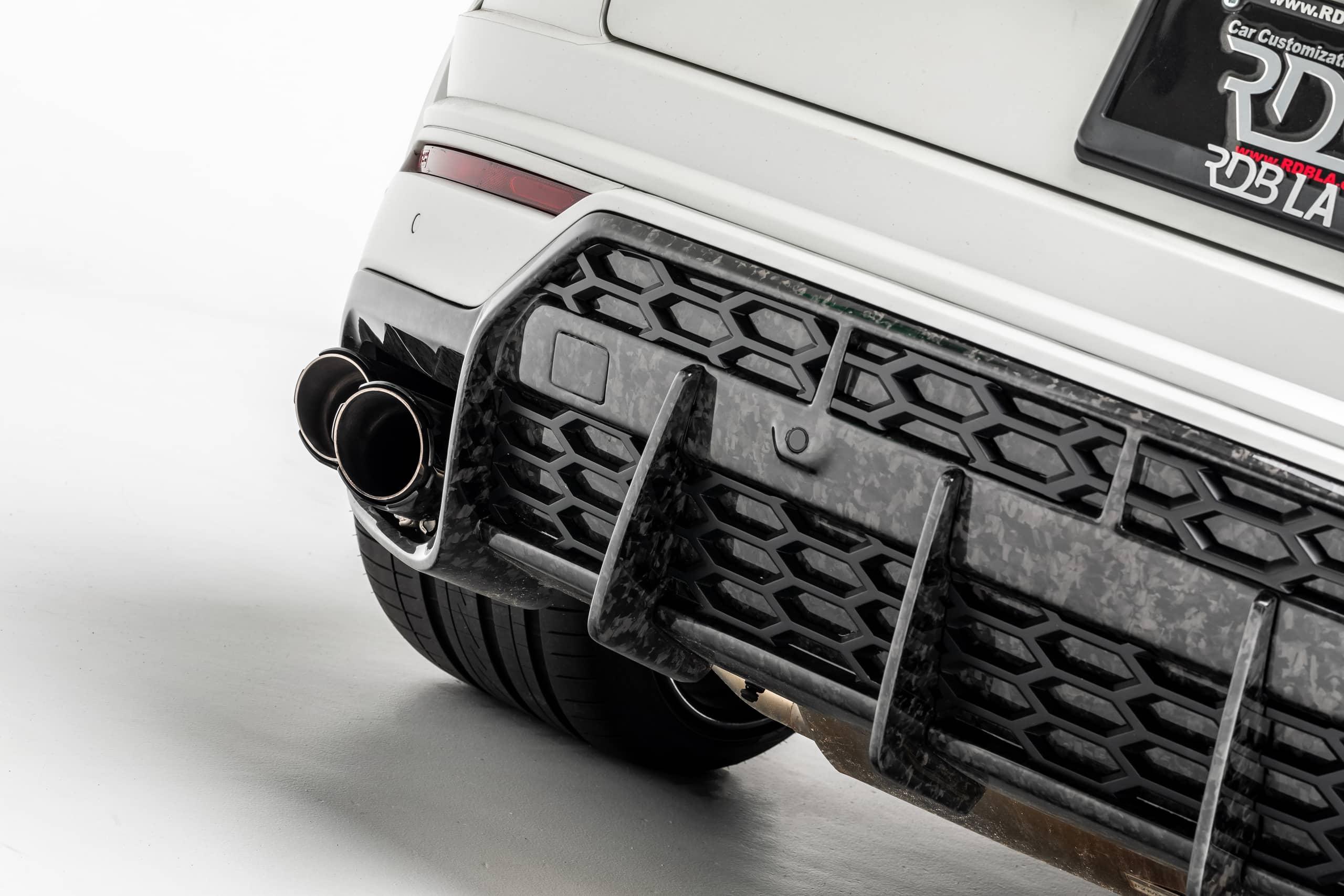 Lamborghini-Urus-by-1016-Industries-29