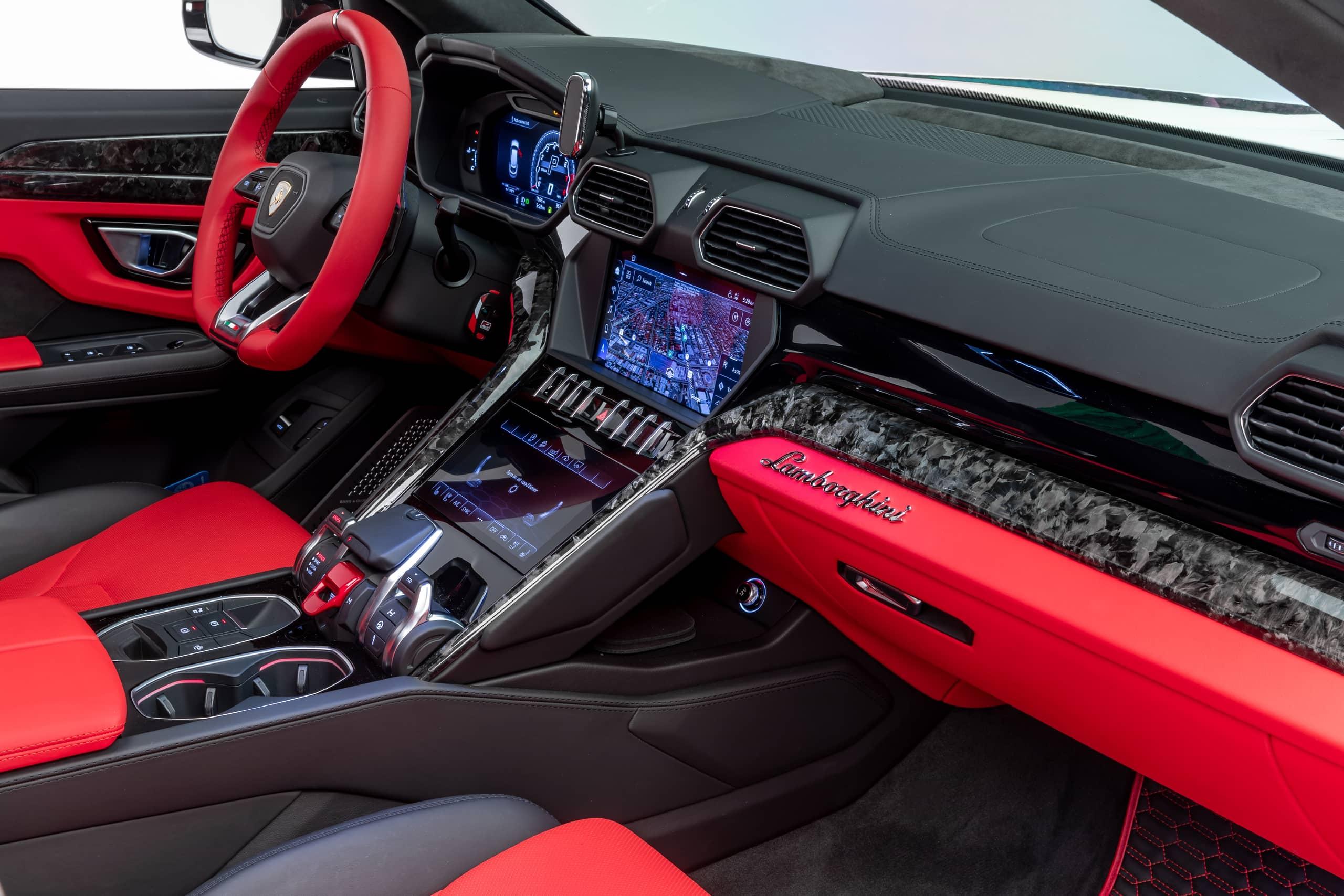 Lamborghini-Urus-by-1016-Industries-36