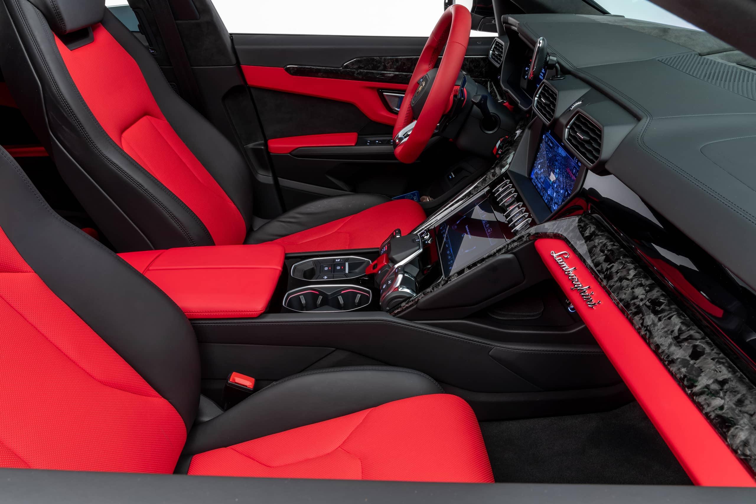 Lamborghini-Urus-by-1016-Industries-37