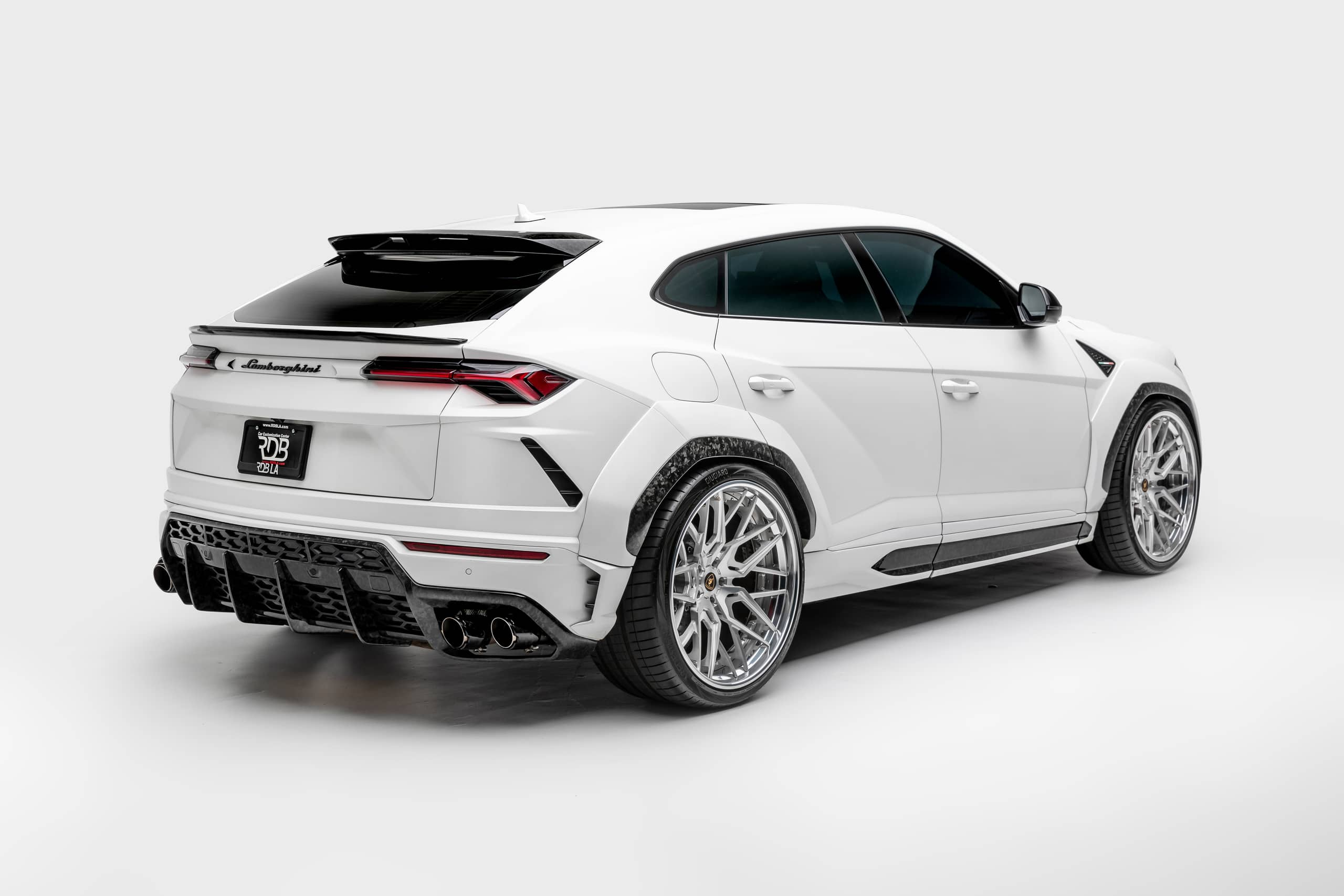 Lamborghini-Urus-by-1016-Industries-7
