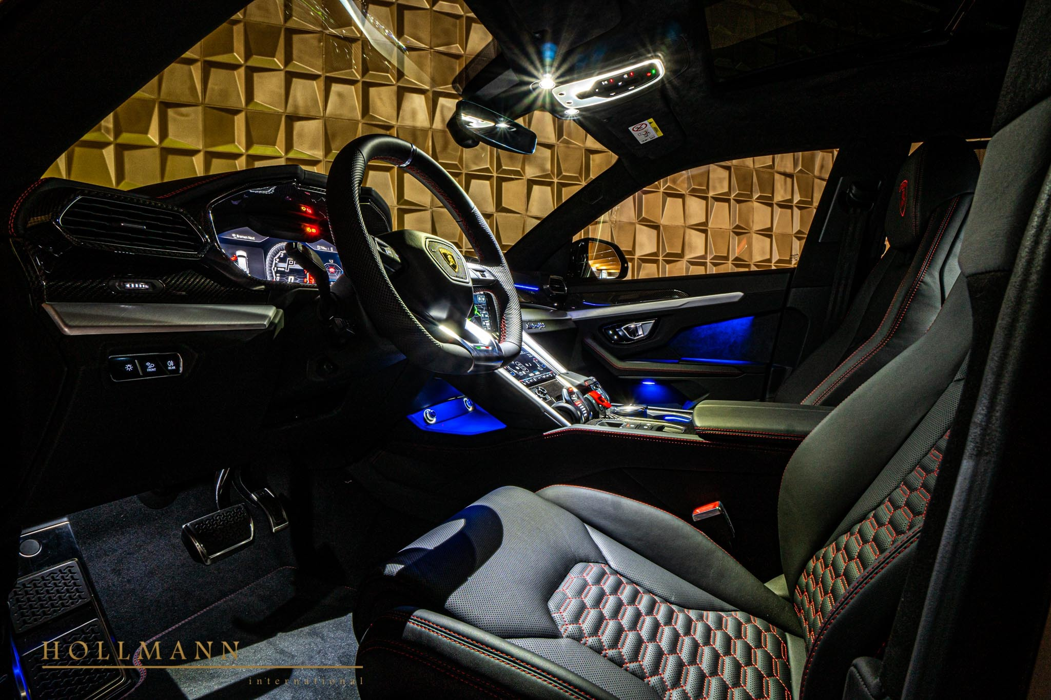 Lamborghini-Urus-by-Mansory-for-sale-17