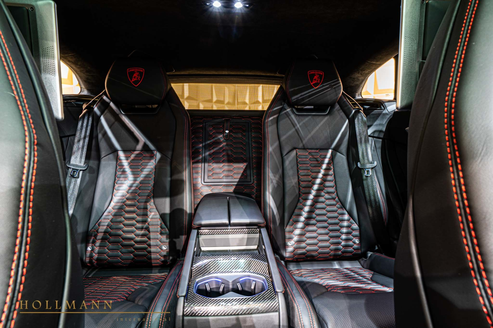Lamborghini-Urus-by-Mansory-for-sale-24