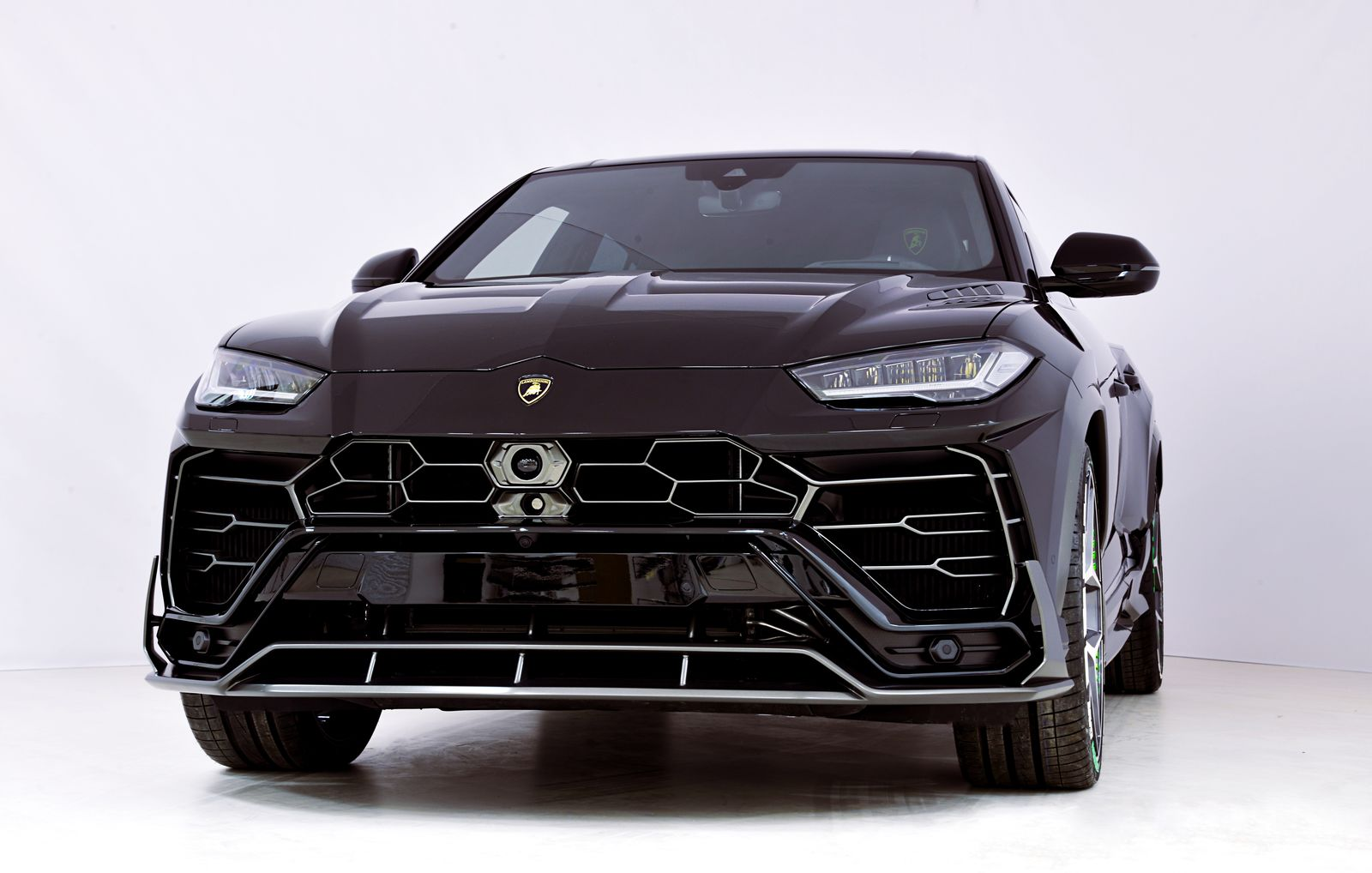 Lamborghini-Urus-by-SCL-Performance-7