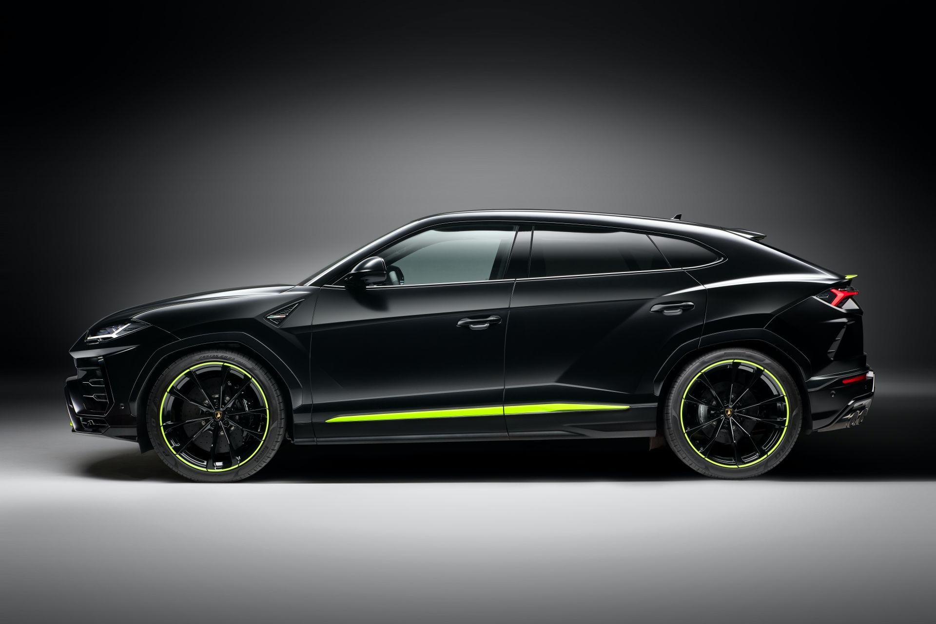 Lamborghini-Urus-Graphite-Capsule-2