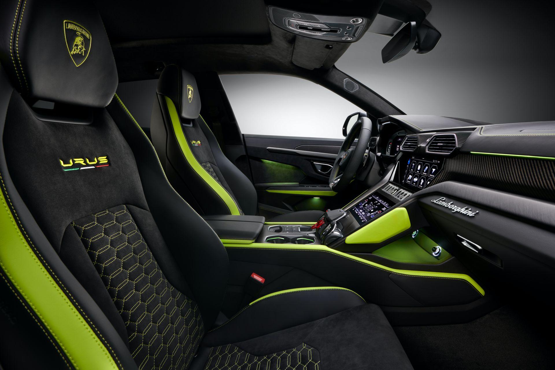 Lamborghini-Urus-Graphite-Capsule-7