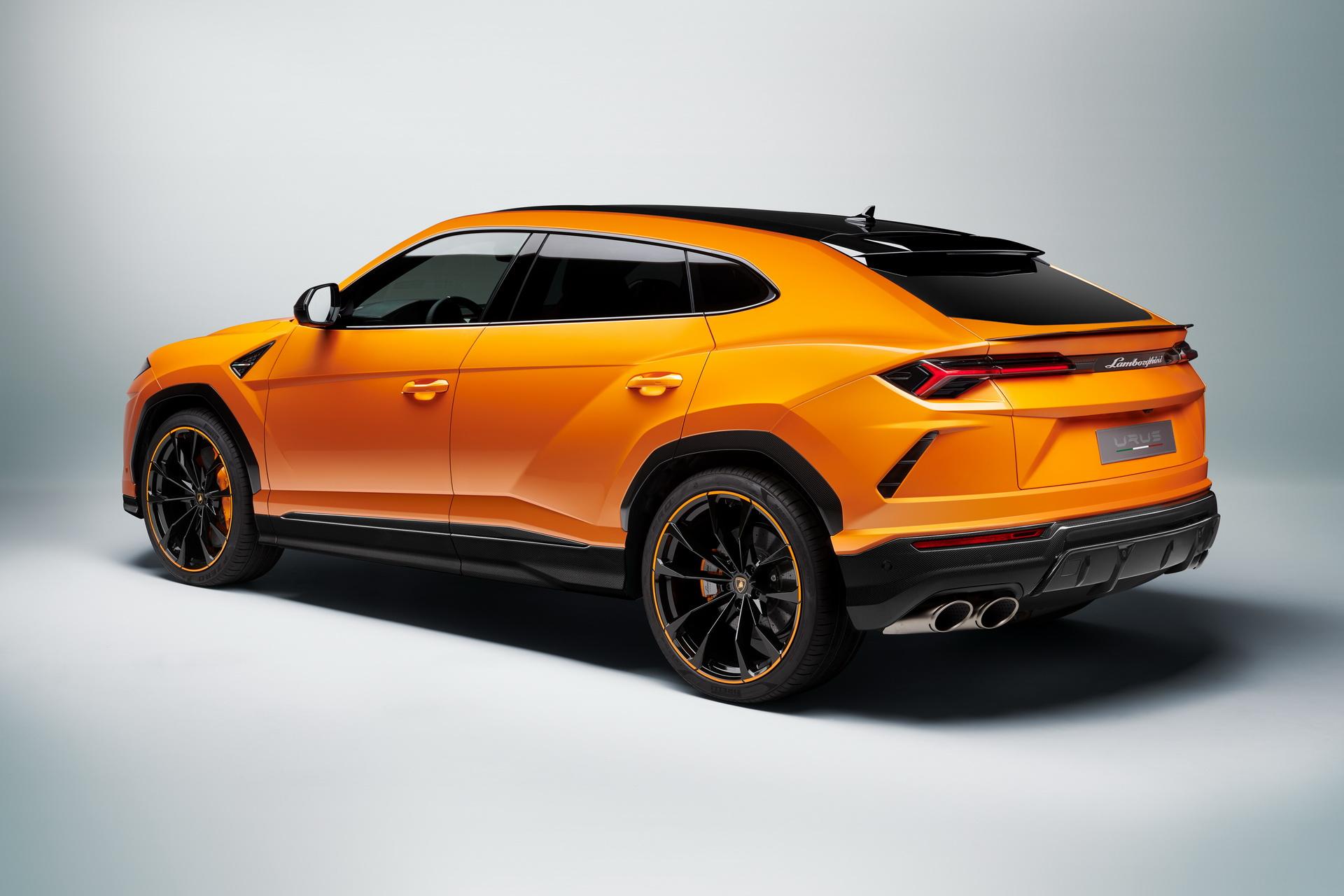 Lamborghini-Urus-Pearl-Capsule-Edition-13