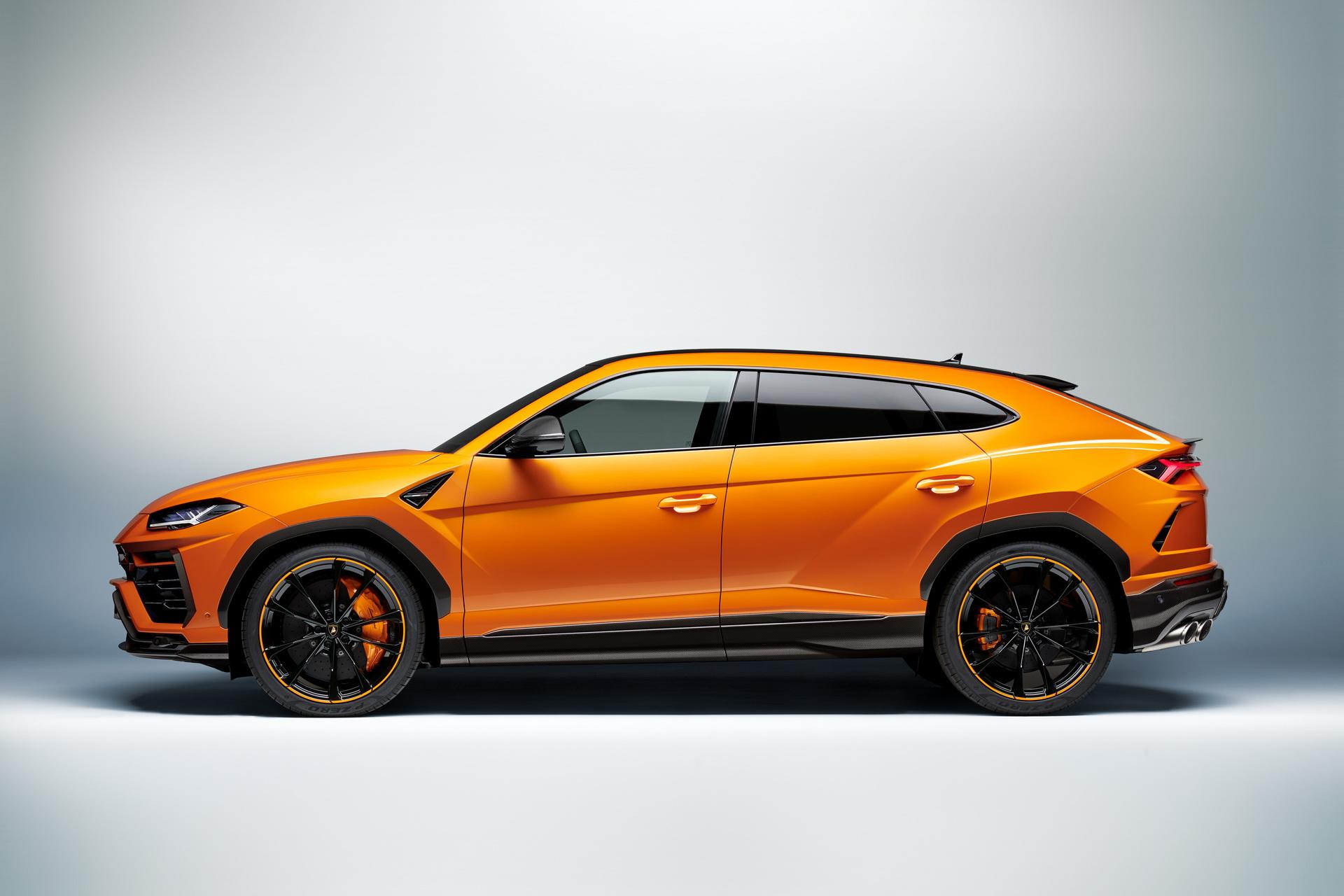 Lamborghini-Urus-Pearl-Capsule-Edition-15
