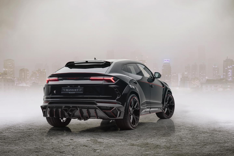 Lamborghini-Urus-Venatus-by-Mansory-4