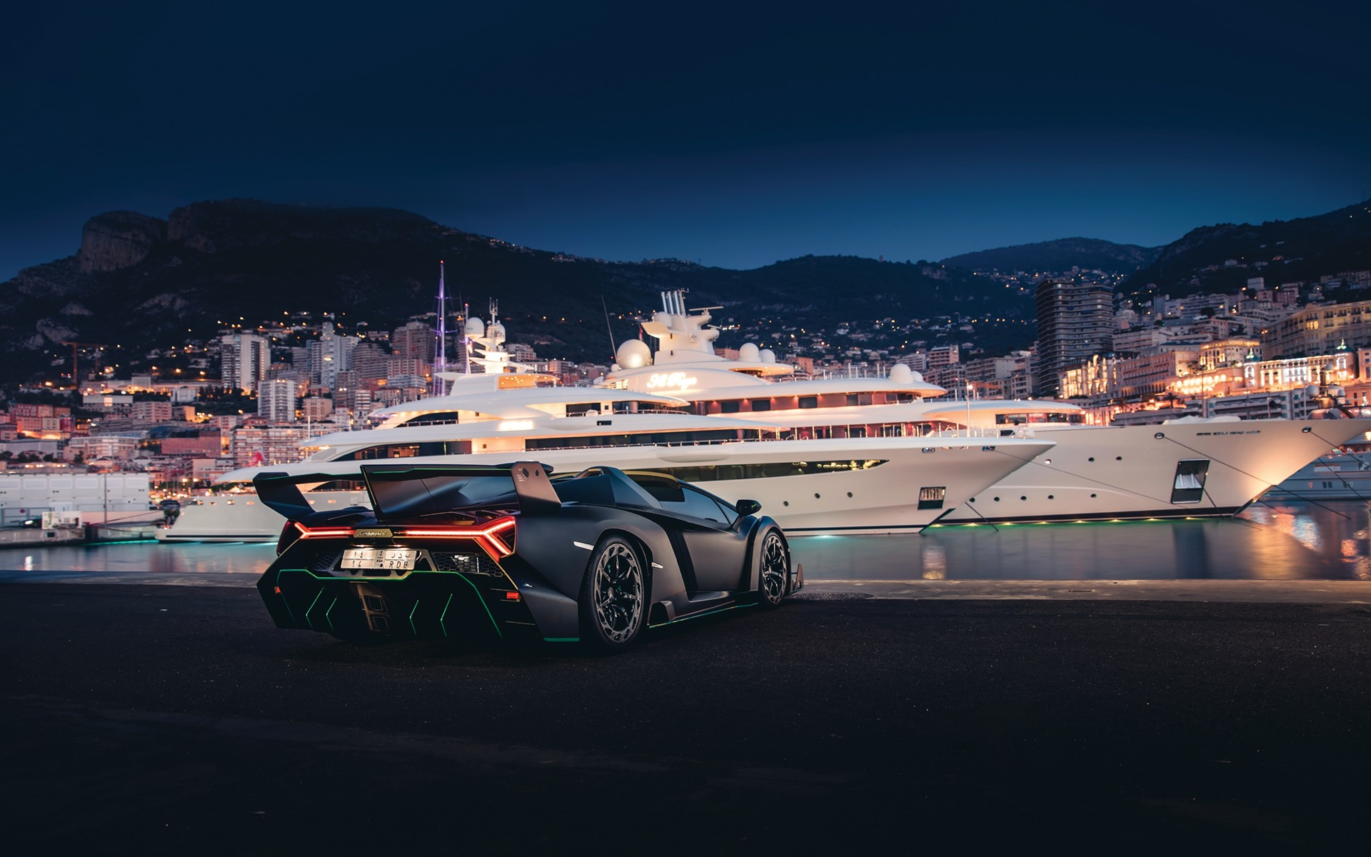 Lamborghini-Veneno-Roadster-auction-6