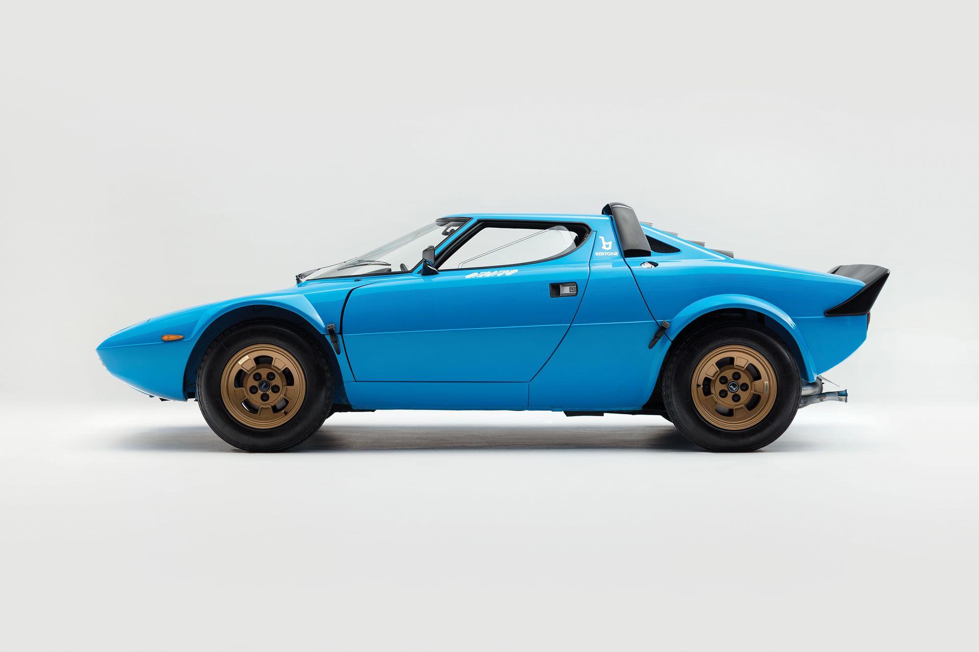 1975-Lancia-Stratos-HF-Stradale-by-Bertone_4