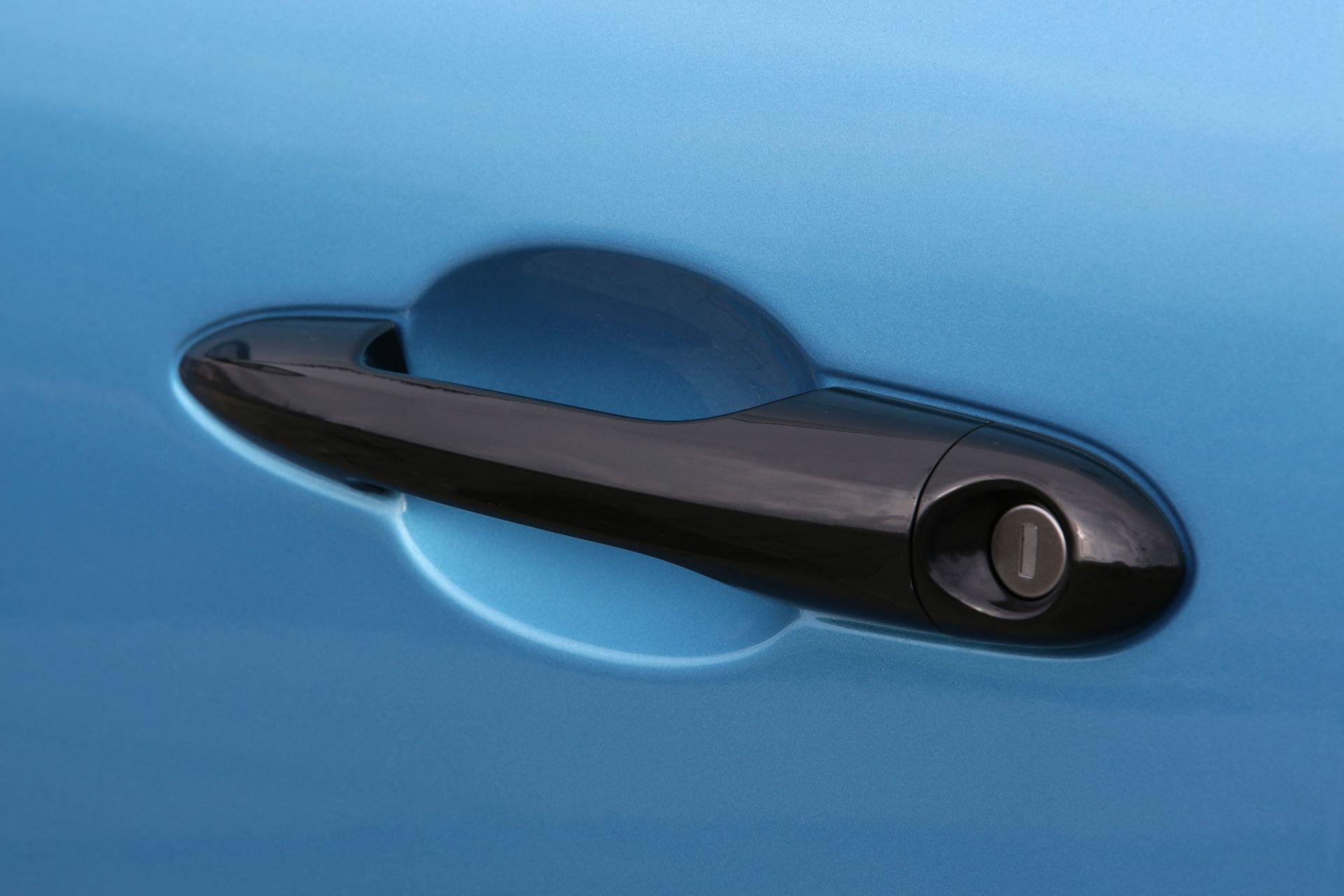 Lancia_Ypsilon_Hybrid_EcoChic_0020