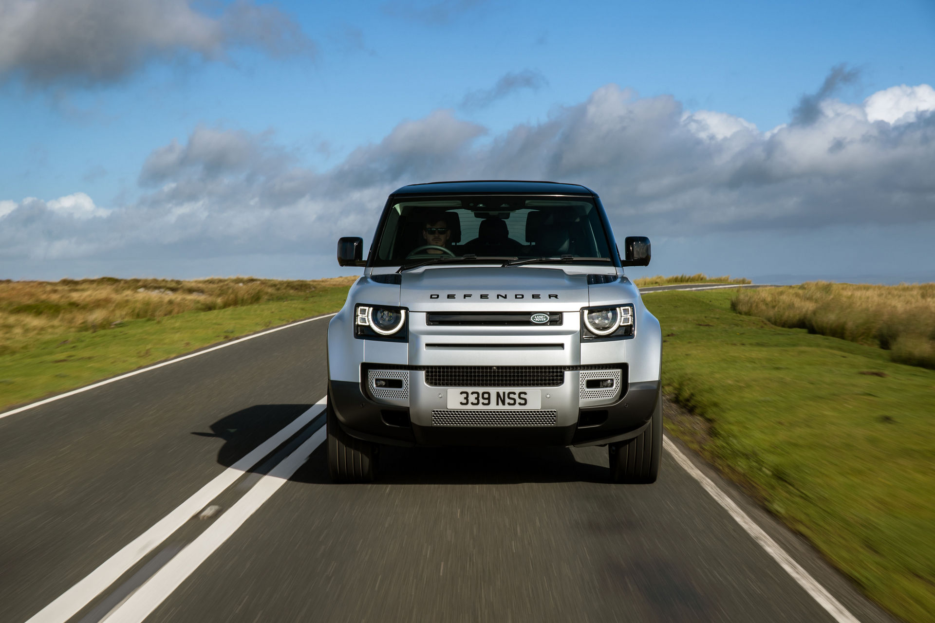 2021-Land-Rover-Defender-17