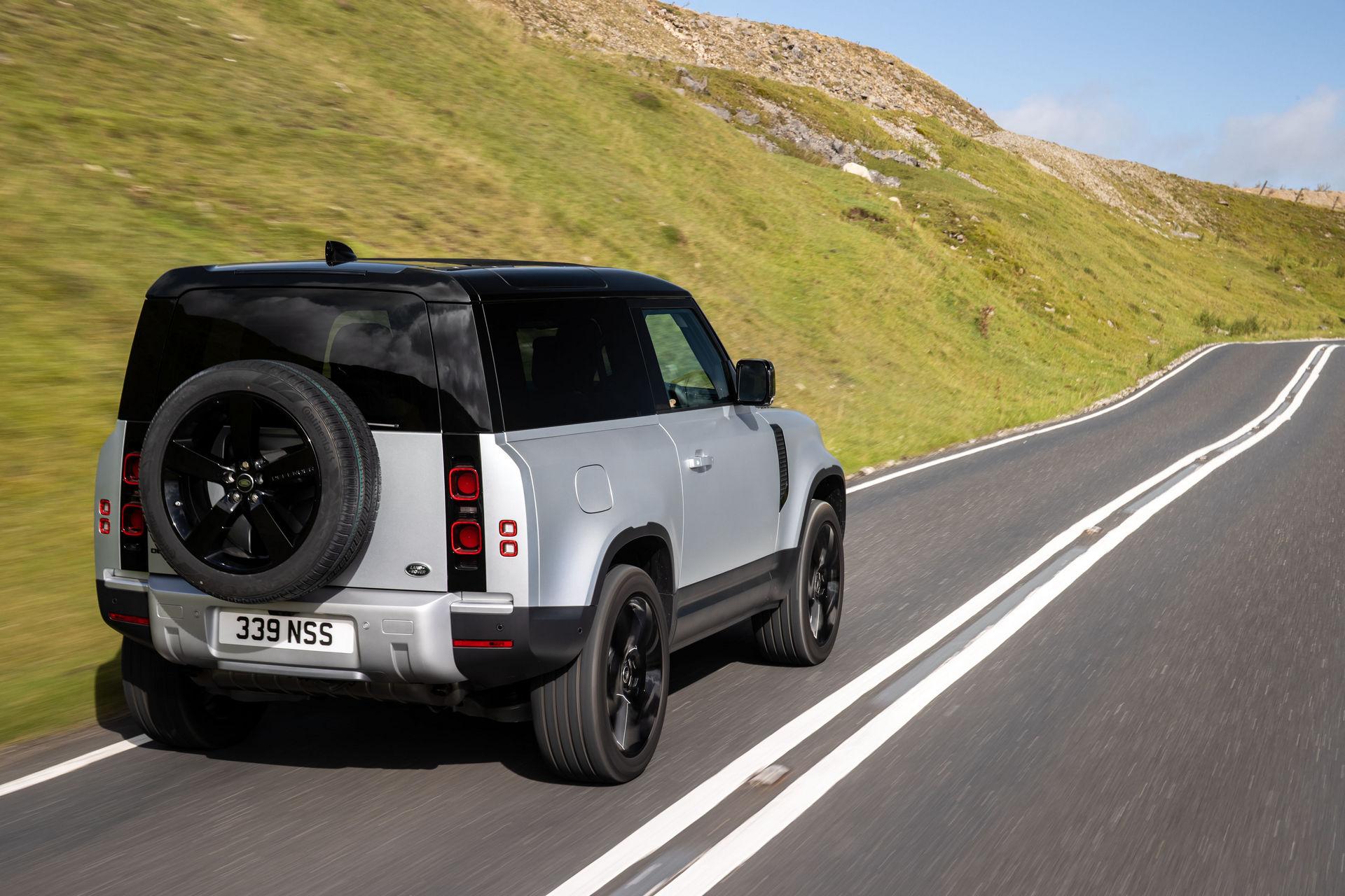 2021-Land-Rover-Defender-18