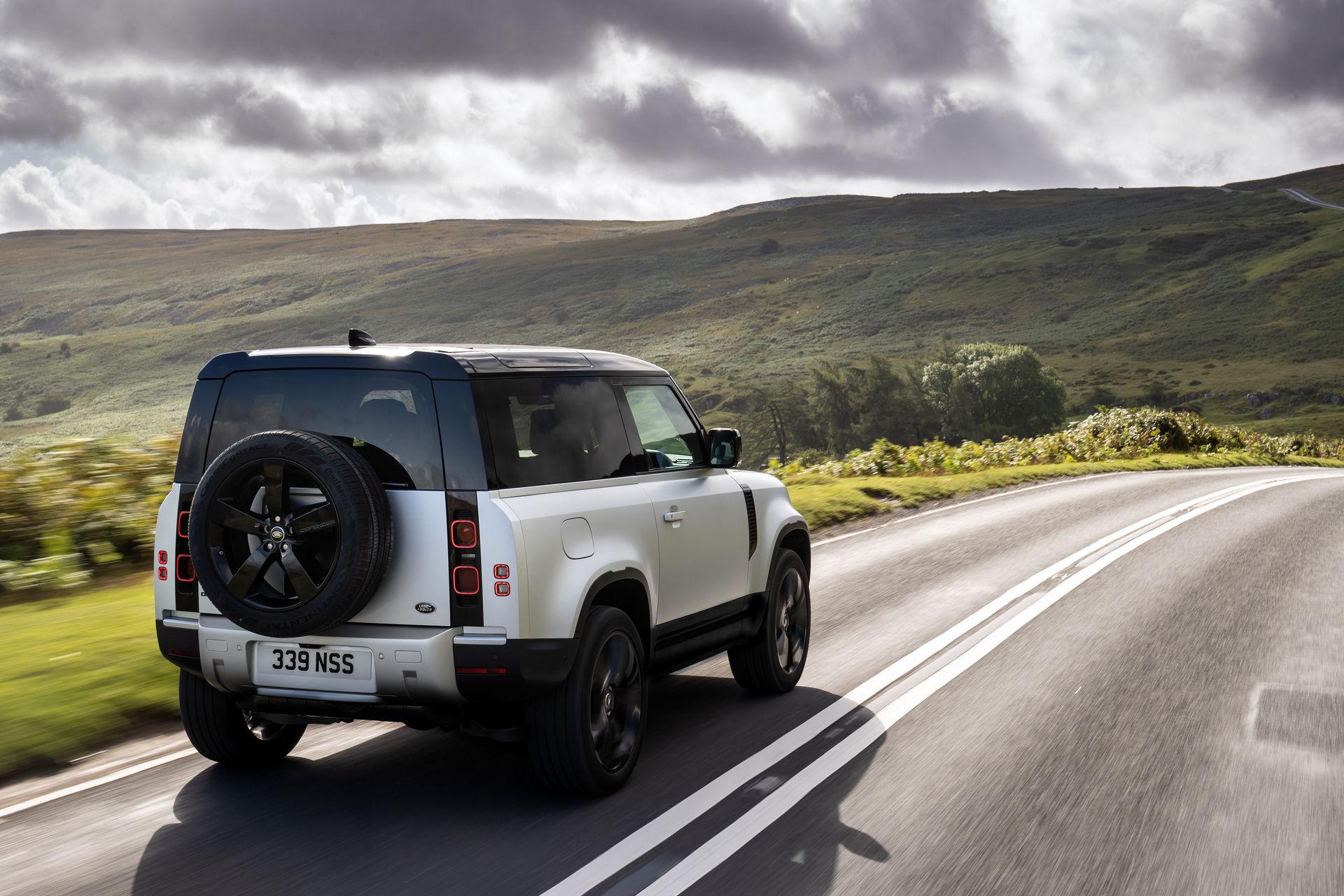 2021-Land-Rover-Defender-20