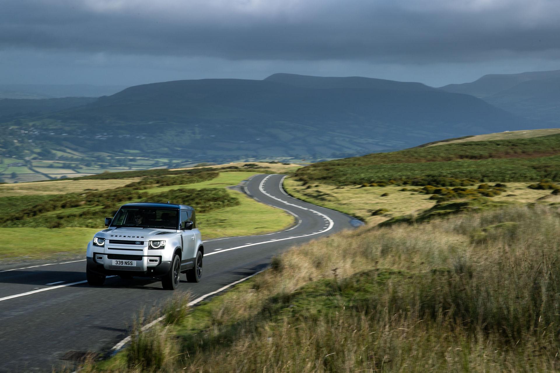 2021-Land-Rover-Defender-22