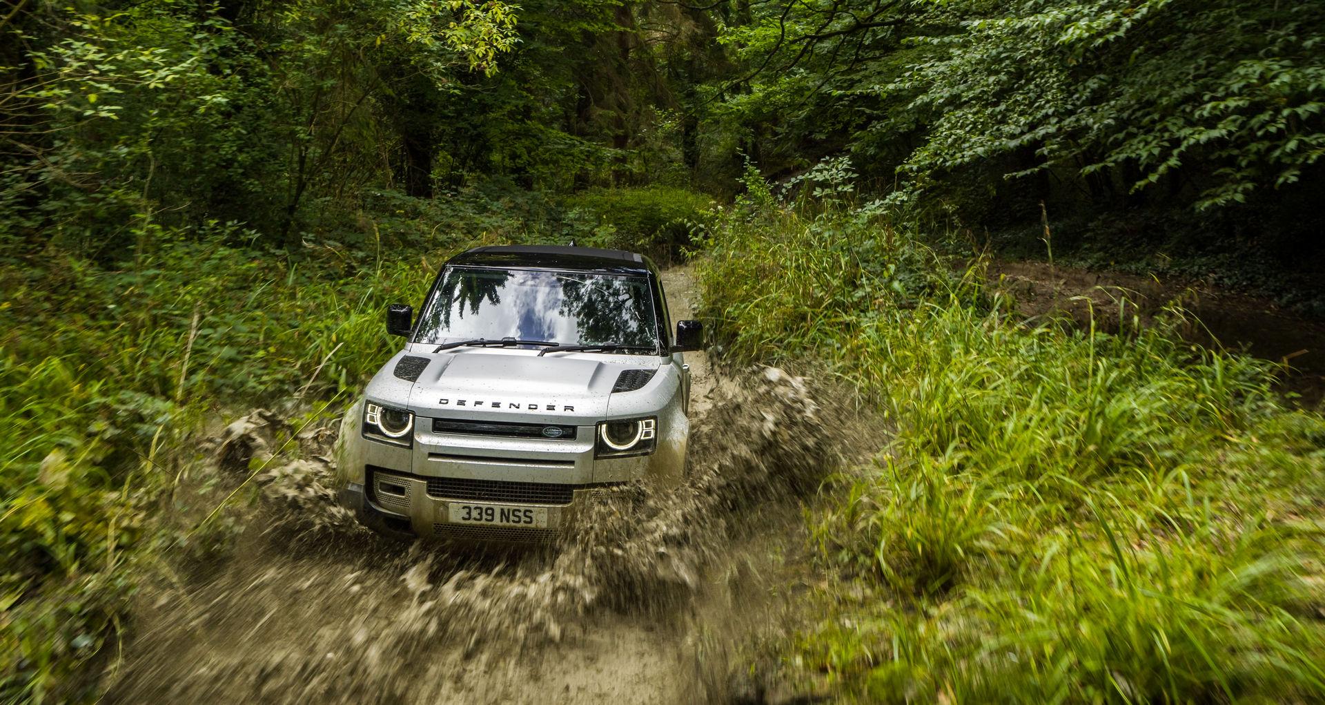 2021-Land-Rover-Defender-30