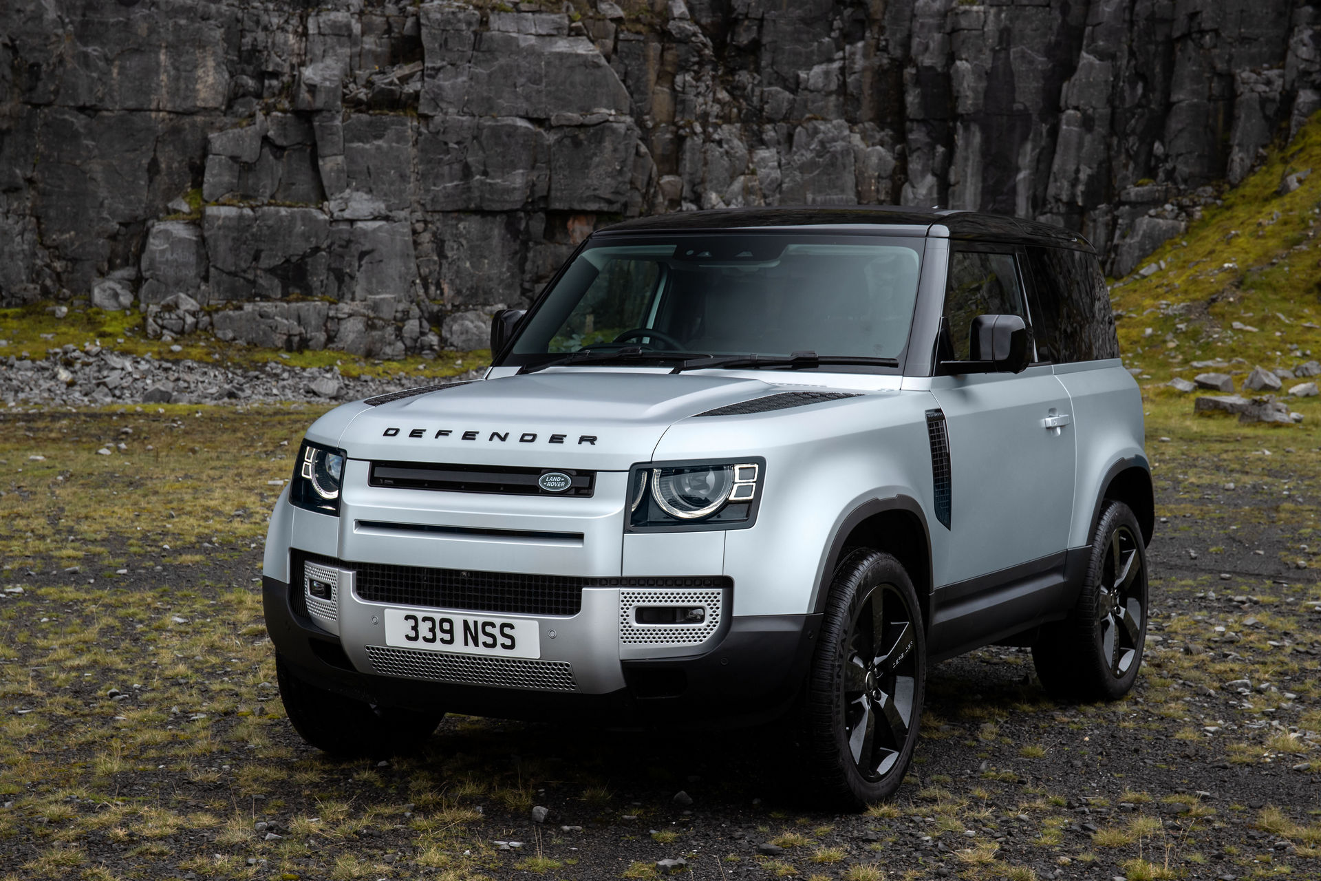 2021-Land-Rover-Defender-36