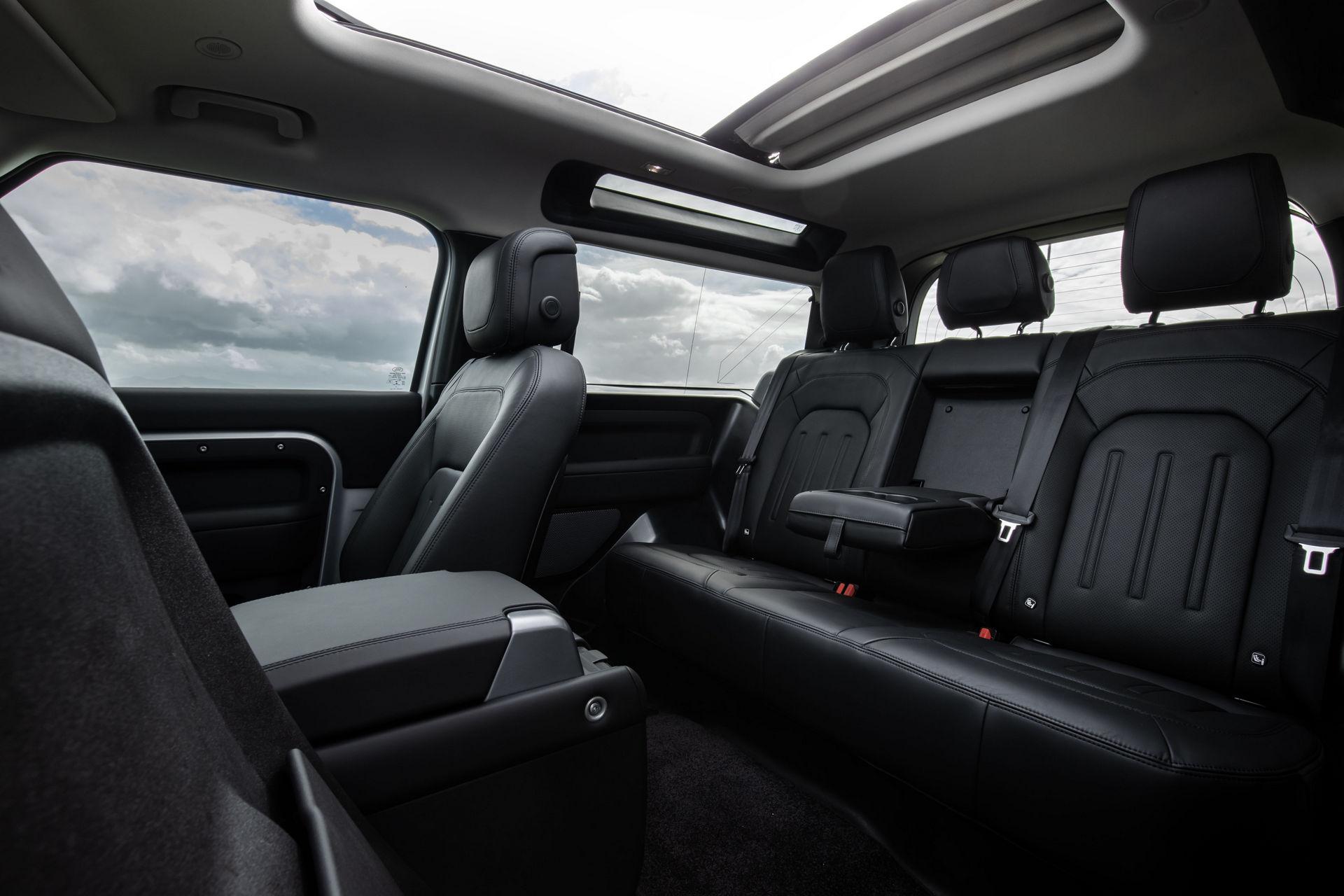 2021-Land-Rover-Defender-40
