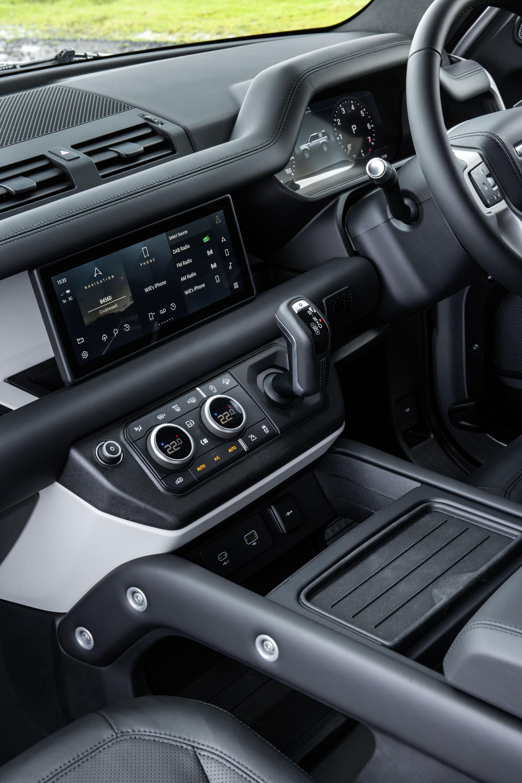 2021-Land-Rover-Defender-42