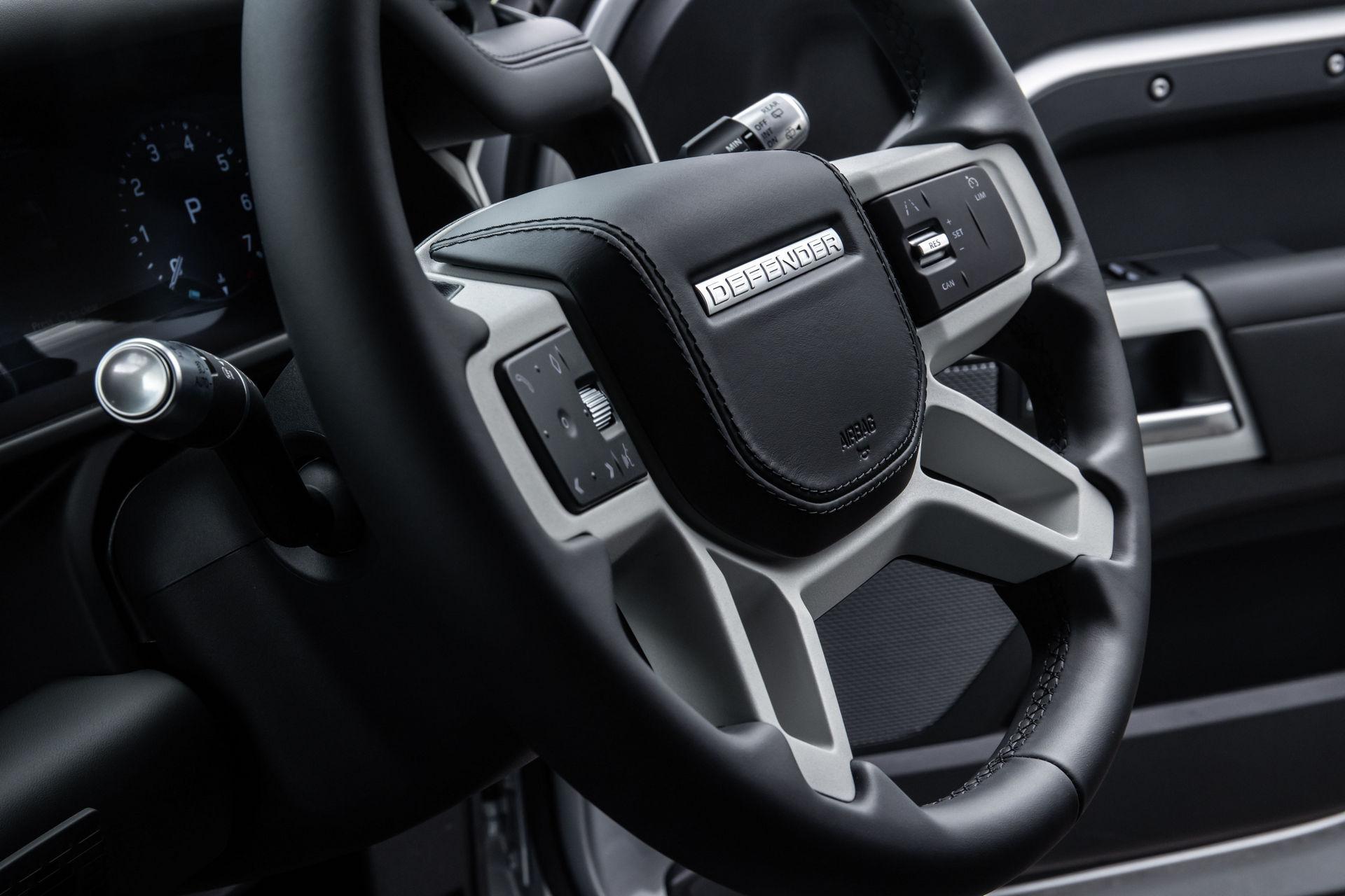 2021-Land-Rover-Defender-43