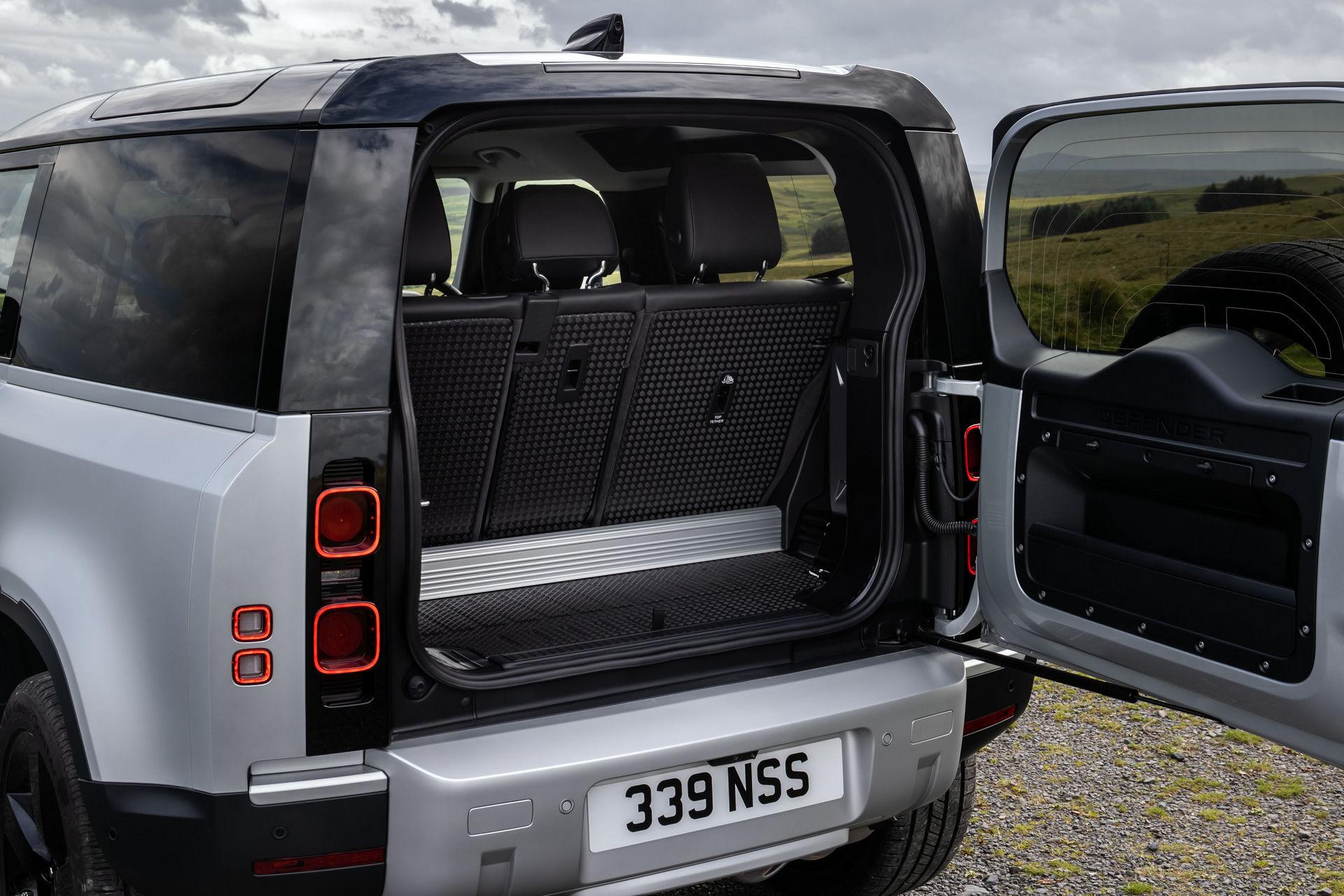2021-Land-Rover-Defender-45
