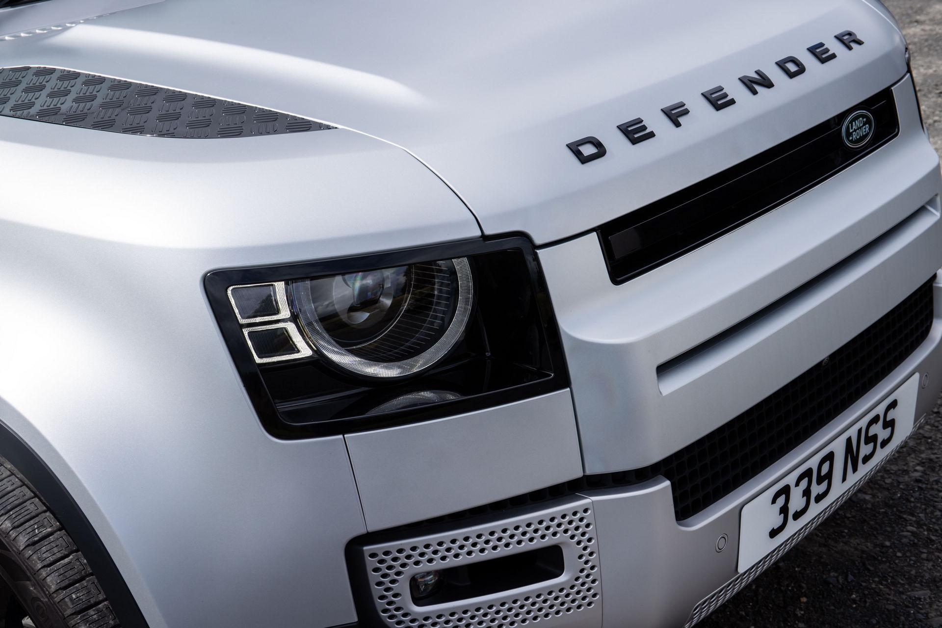 2021-Land-Rover-Defender-48
